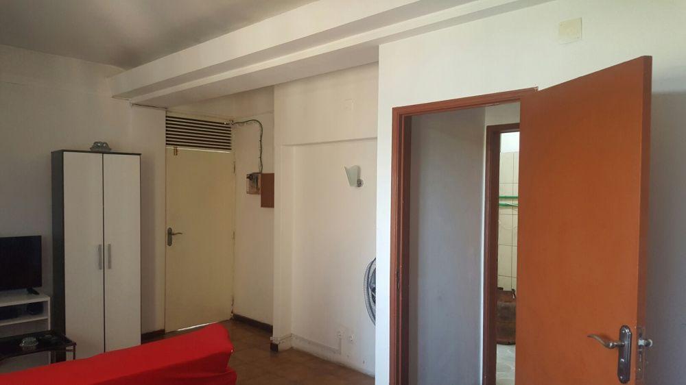Vendo o meu apartamento T-3 no 4-andar Na Maianga perto dá estrada