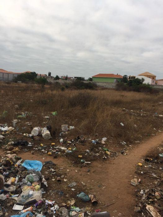 Vende este terreno de 1 hectar no Benfica a bom preço