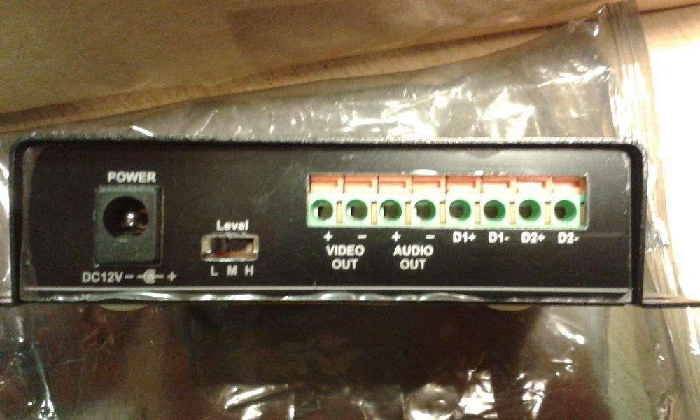 Extender Audio Video Data Transmitter TTA111AVT,Cat.5 active UTP