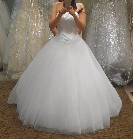 Срочно продается свадебное платье пр-во Италия