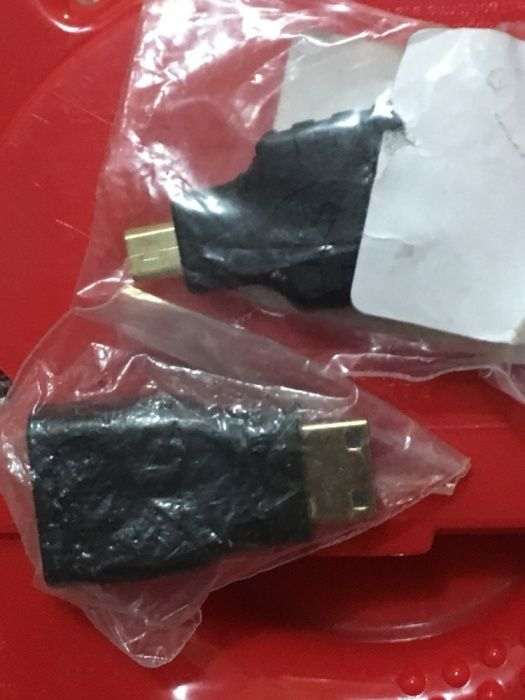 Adaptor hdmi la hdmi mini / micro adapt la 90*