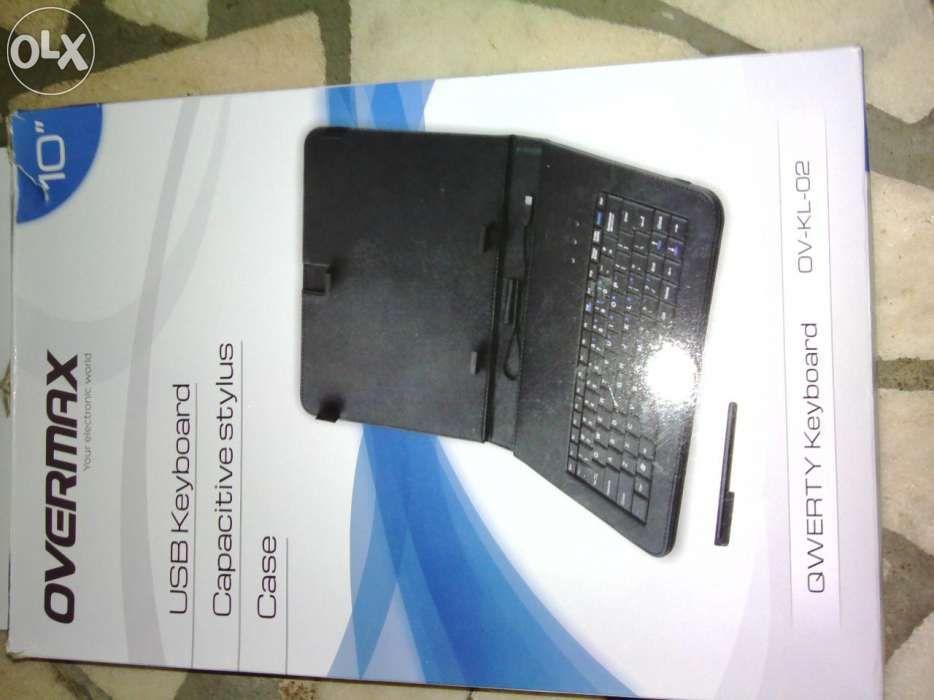 Husa+Tastatura tableta 9-10 inch