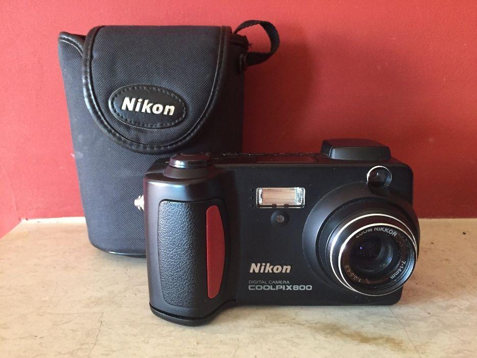Фотоапарат Nikon Coolpix 800
