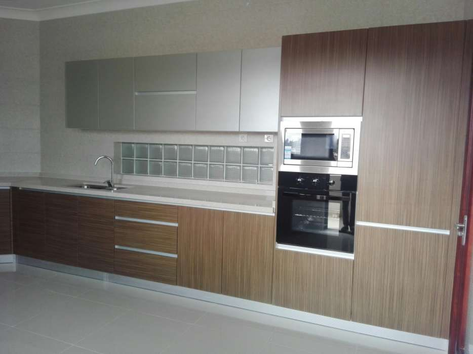Vende-se super apartamento, em novo condomínio no bairro da Sommerchil
