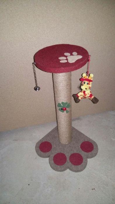 Sisal pentru zgariat(accesorizat cu jucarii pt pisici) Pitesti - imagine 3