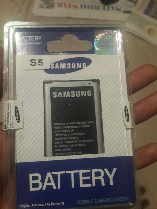 Ligue ja e levi a sua bateria para s5