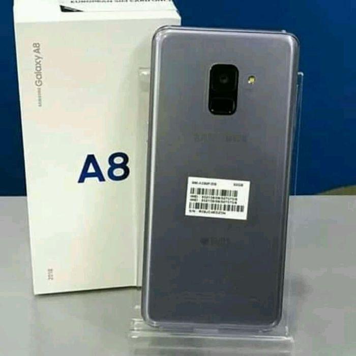 Galaxy a8 novo a venda
