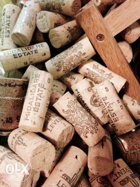 Продавам коркови и стъклени тапи от вина и шампанско, всякакви видове! гр. София - image 4