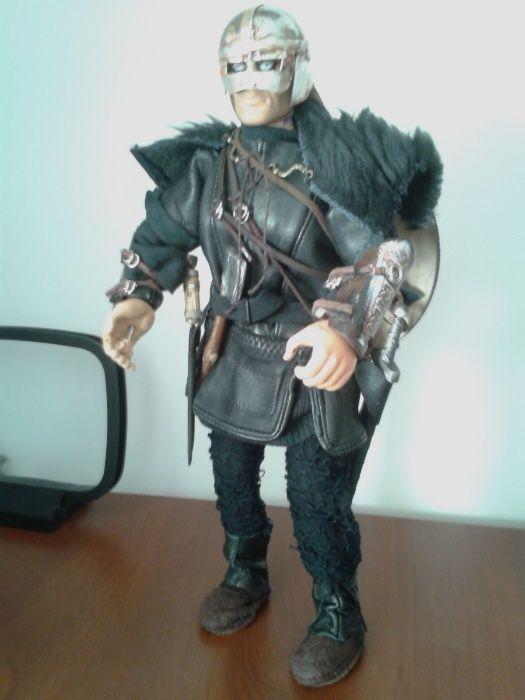 Figurina 1/6 viking cu sabie pumnal scut topor Hasbro Action Man