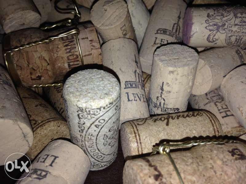 Продавам коркови и стъклени тапи от вина и шампанско, всякакви видове! гр. София - image 7