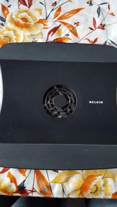 Вентилаторна стойка за лаптоп