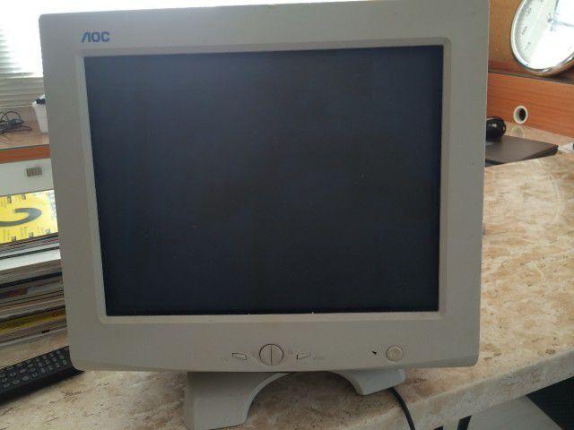 vand Monitor AOC F1770