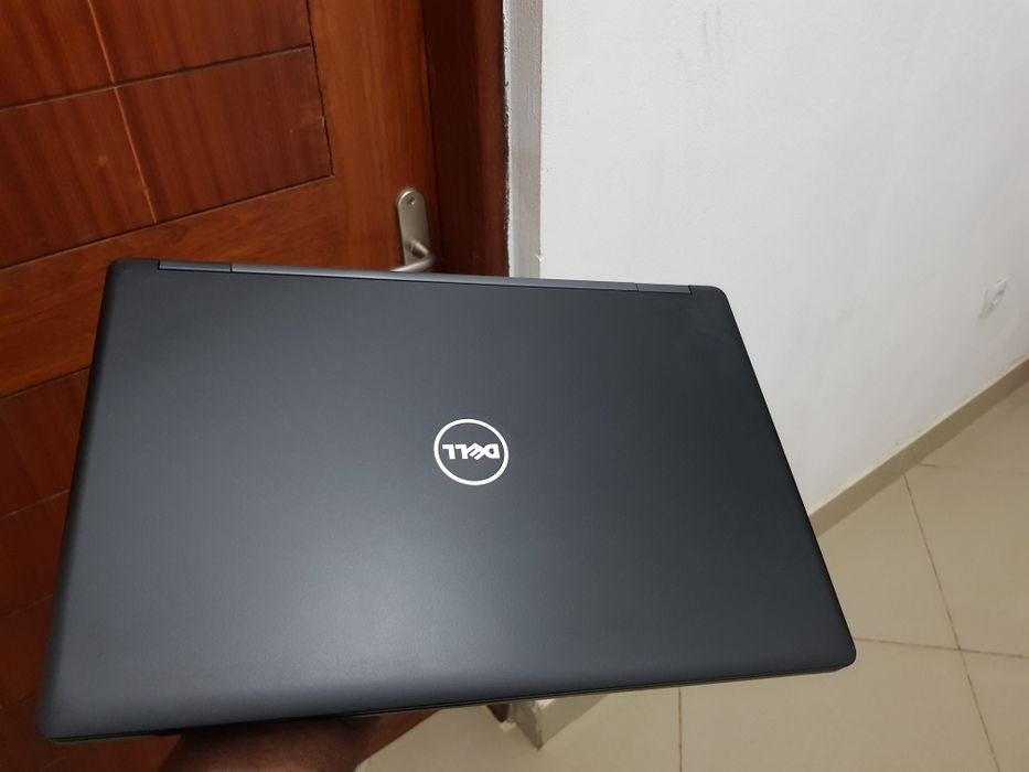 Laptop Dell latitude E5570 intel core i7 Magoanine - imagem 1