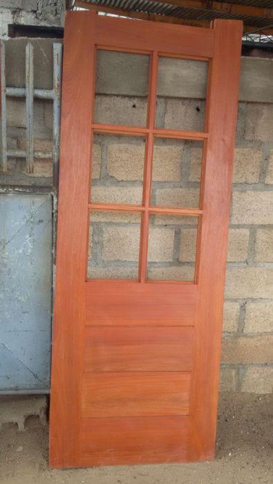 37- Carpentaria, portas, arros, janelas, cosinhas americanas, tecto fa