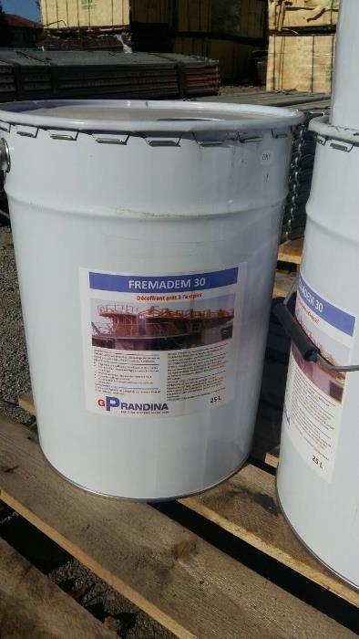 предлагаме френско минерално кофражно масло