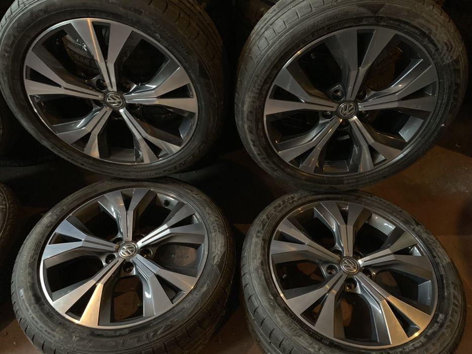 Jante Originale VW Skoda R18 Noi anvelope vara noi 215/50/18 Dot2017