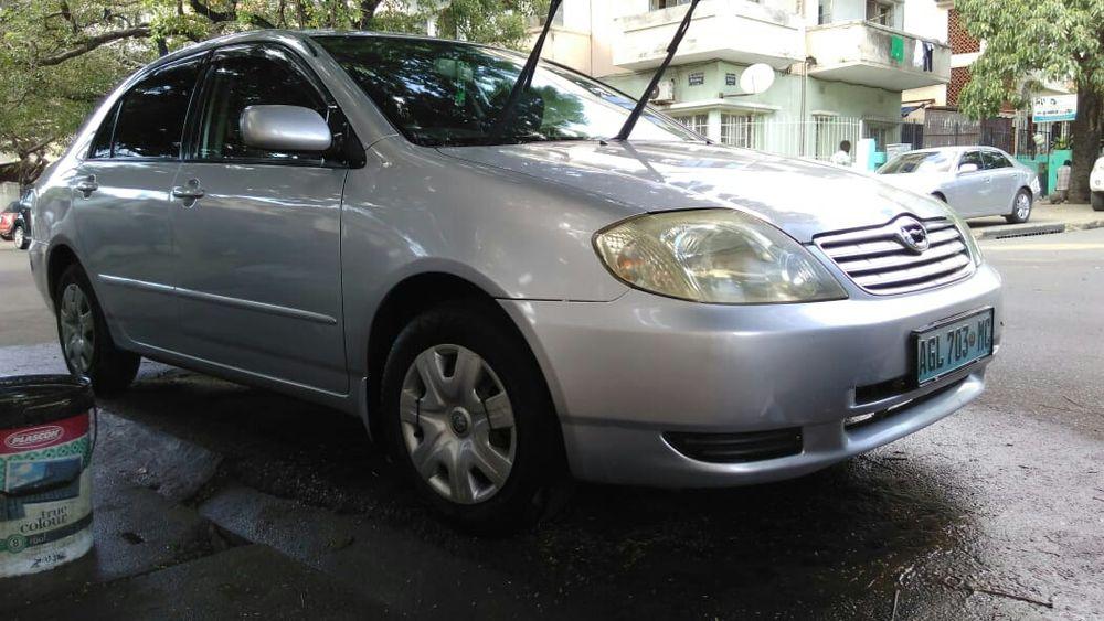 Vendo Toyota escova novo