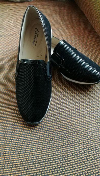 Нови обувки на Tendenz