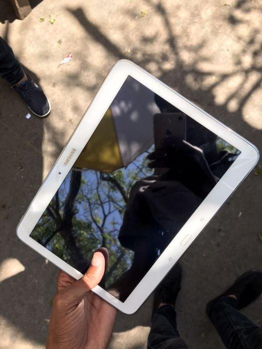 Samsung Galaxy Tab 4 Clean