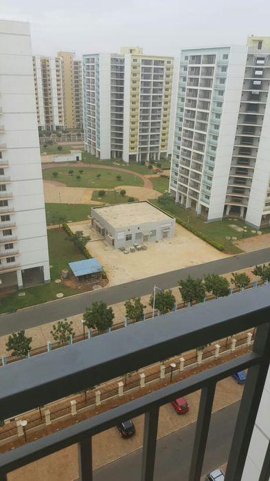 Vendo apartamento T4 Novo no zango na Vila pacífica