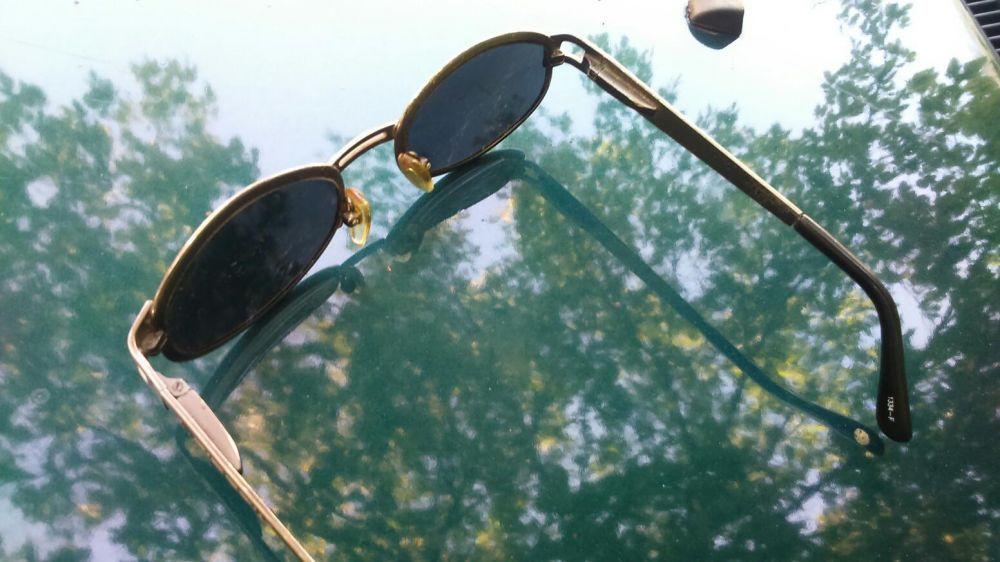 Продавам оригинални слънчеви очила