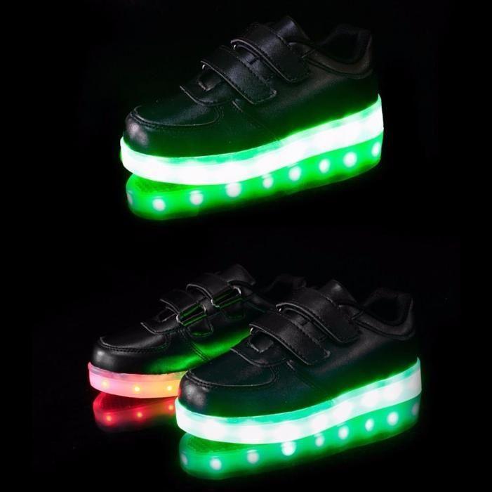 Adidasi cu LED / Leduri negri pentru copii