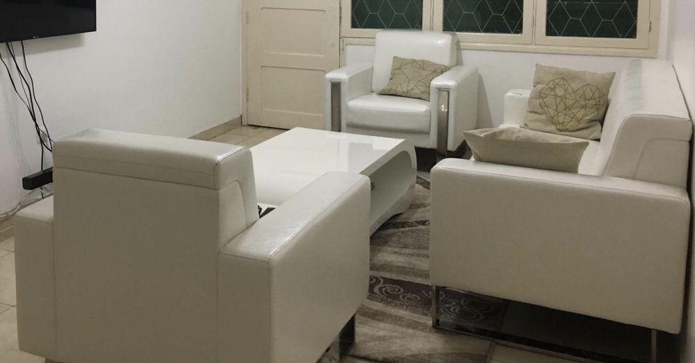 Sofá Branco Super Luxuoso