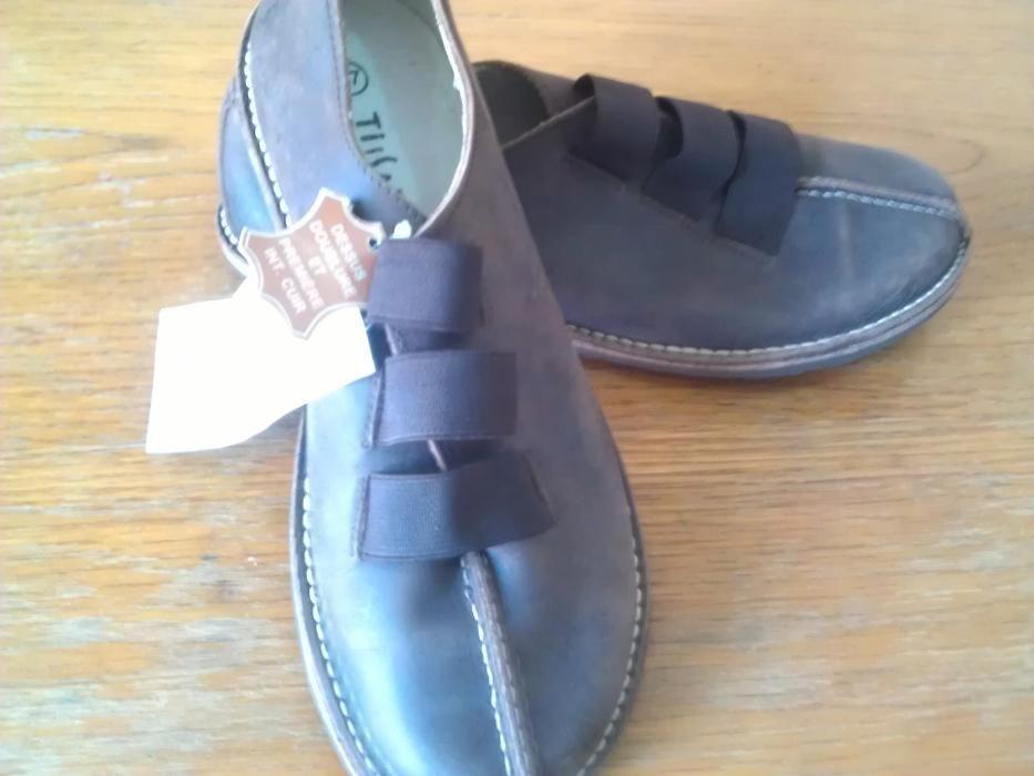 Pantofi cusuti , piele