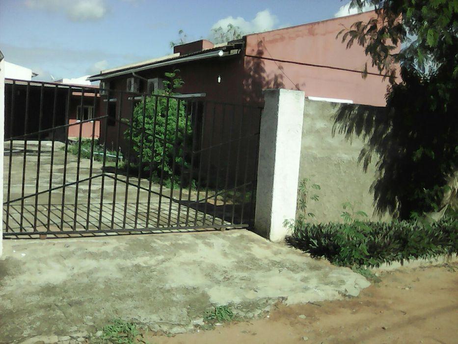 Arenda-se esta casa tipo3 no condominio malhapleme vila Cidade de Matola - imagem 2