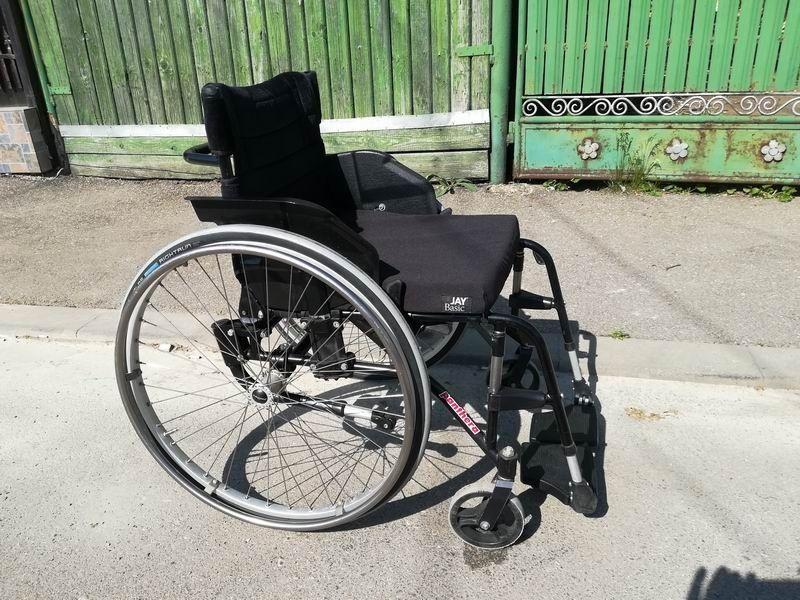 Panthera S2 Swing Activ,fotoliu rulant,cărucior handicap-ortopedic