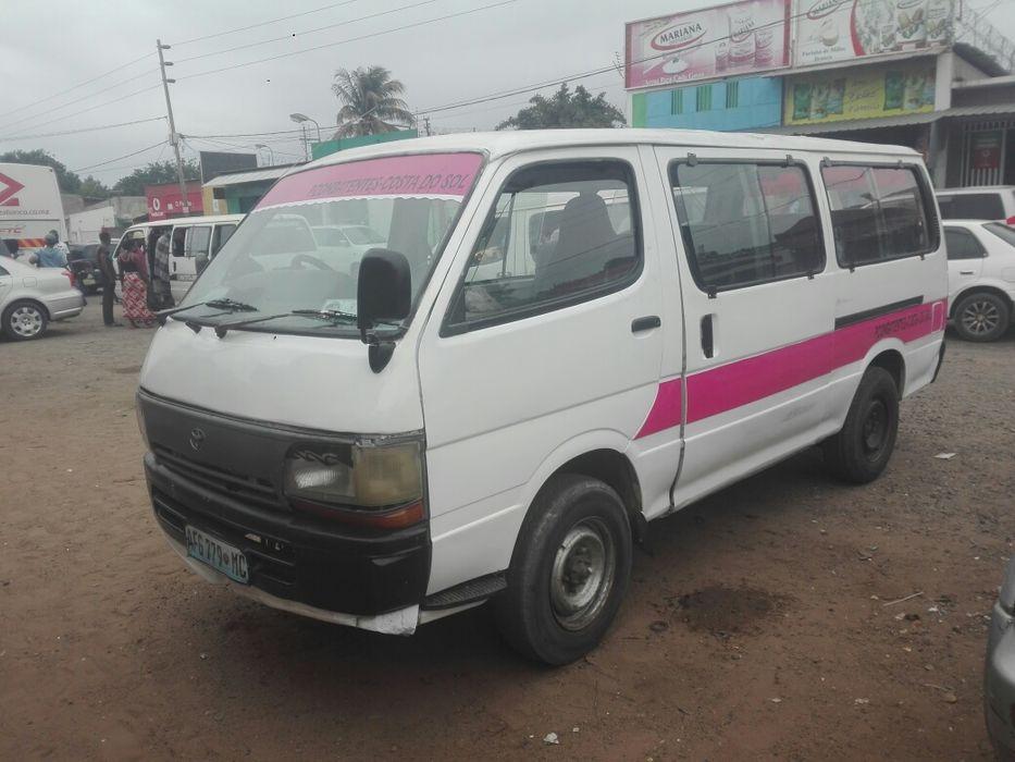 Min bus 3l hiace automático aceito diferença com um turismo