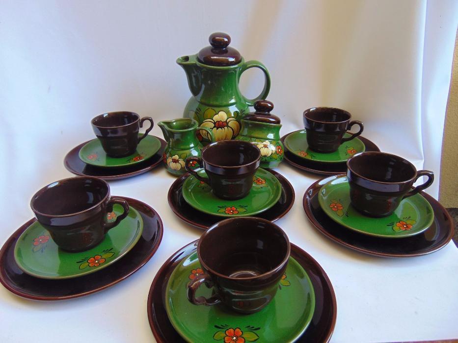 Serviciu de cafea pentru 6 persoane- ceramica verde si maro cu flori