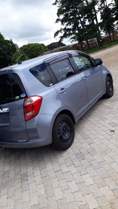 Toyota Ractis Malhangalene - imagem 1