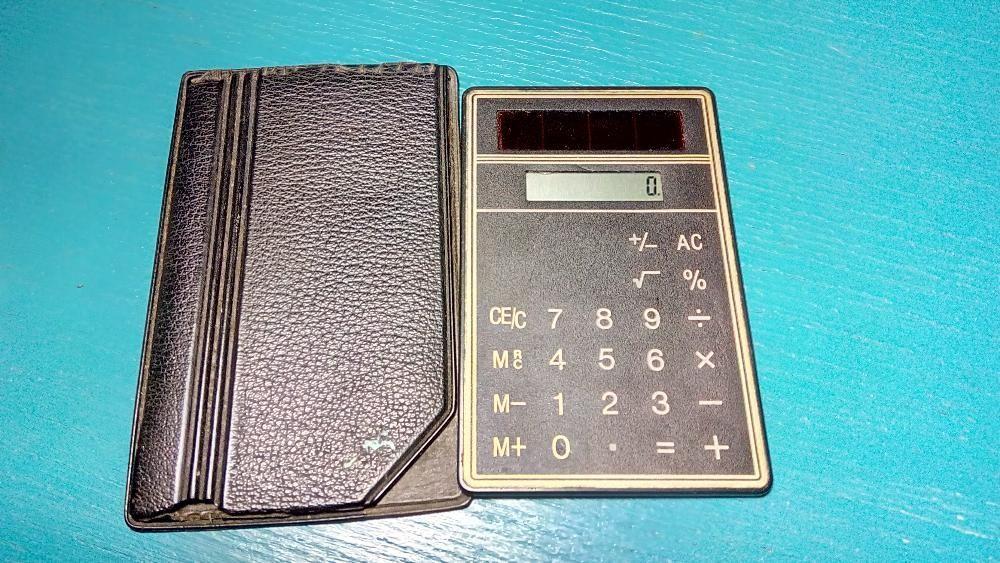 Mini calculator solar + husa cadou