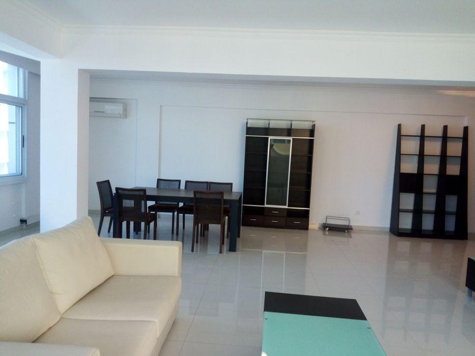 Arrenda Apartamento Idificio Novo No Largo Do Abiéte Raia..Ginga T3