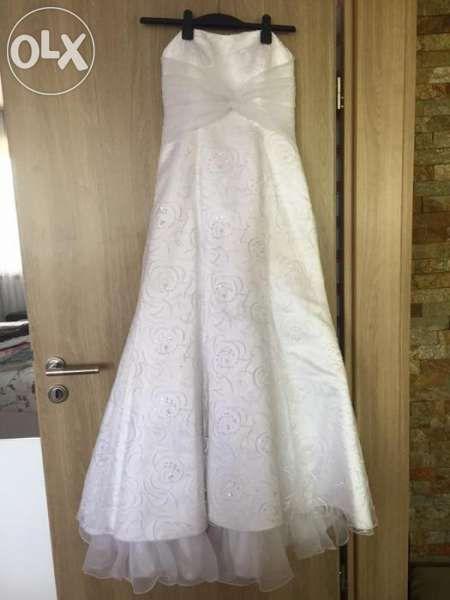 Сватбена рокля модел 2018