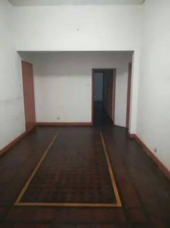 Arrenda-se apartamento tipo 3 no r/c somente para escritorio