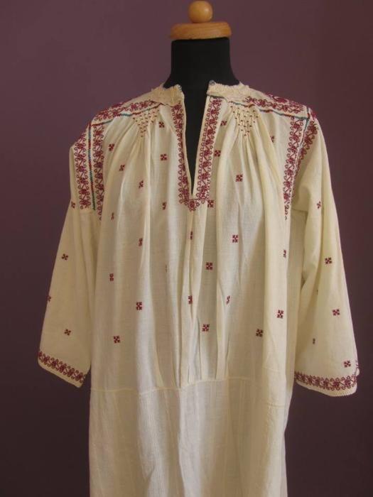 Ie veche autentica - camasa traditionala romaneasca