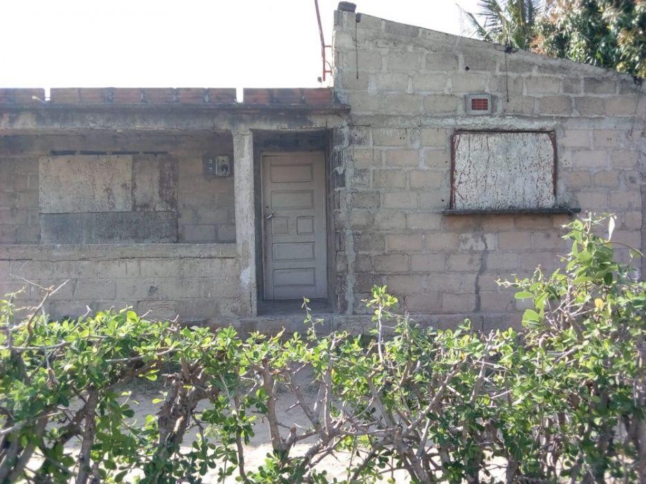 Vende-se Casa t3 (inacabada) bairro de Ndlhavela