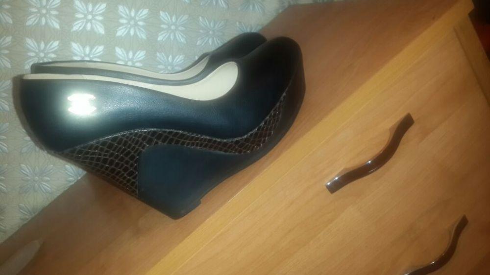 Женские туфельки на платформе