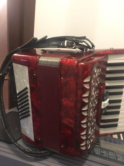 acordeon boxa activa electronic pret fix