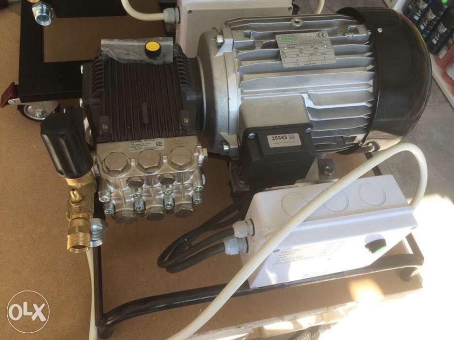 aparat pompa spălat cu presiune Spalatorie auto