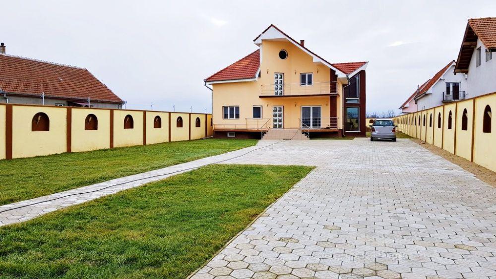 Vanzare  casa  5 camere Satu Mare, Odoreu  - 169000 EURO