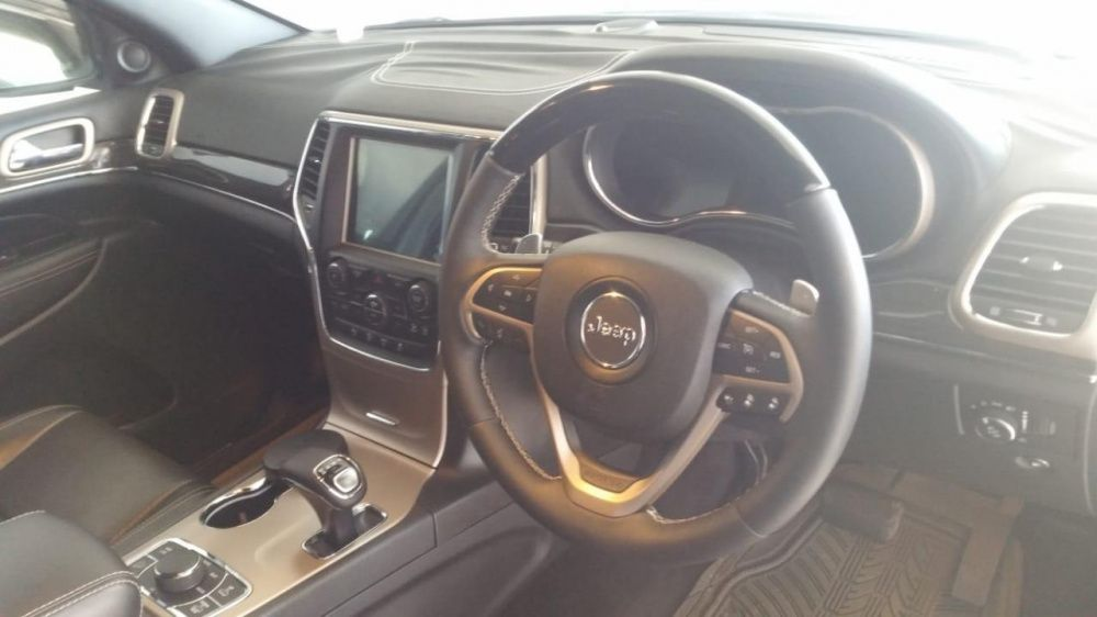 Jeep | Grand Cherokee | 2017 | Automático | Diesel | 3.0cc | 4×4 Bairro Central - imagem 2
