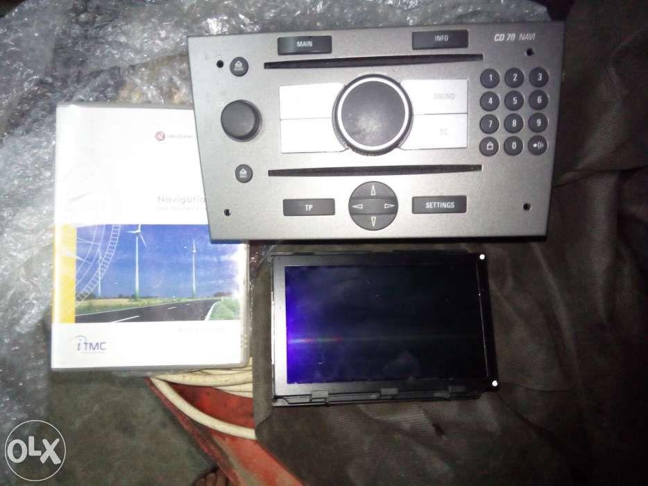 Vand CD70 NAVI CID ptr Opel Vectra C sau schimb cu smartphone telefon