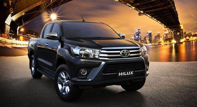 Капот на Toyota Hilux / Хайлюкс 15-16