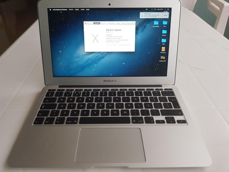 Macbook Air 11' a Venda