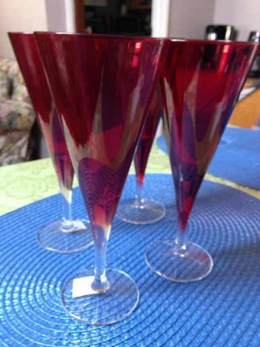Pahare sticla colorate .