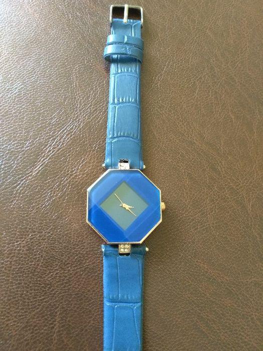 Ceas pentru femei culoare albastru