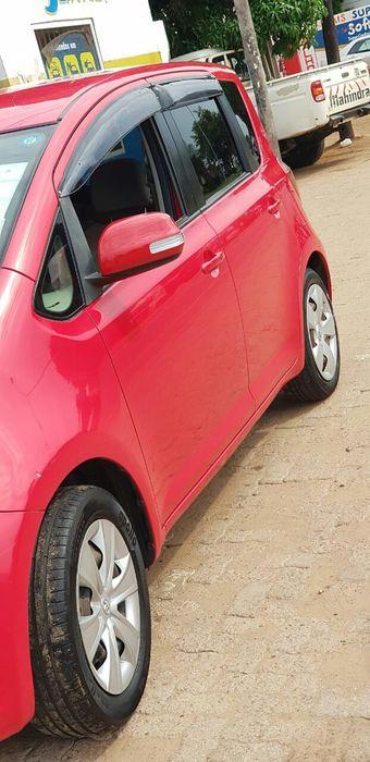 Vendo Toyota Ractis sem nenhum problema Cidade de Matola - imagem 1